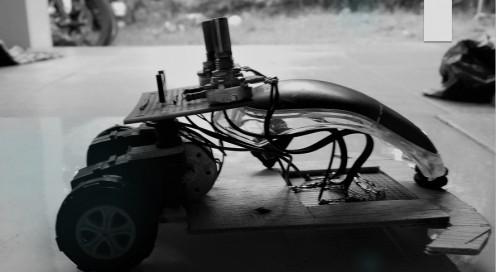 Merakit sendiri Robot Line Follower Sederhana dengan dinamo bekas VCD