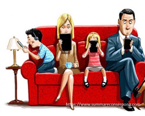 Ketika Gadget Hadir di Tengah Keluarga